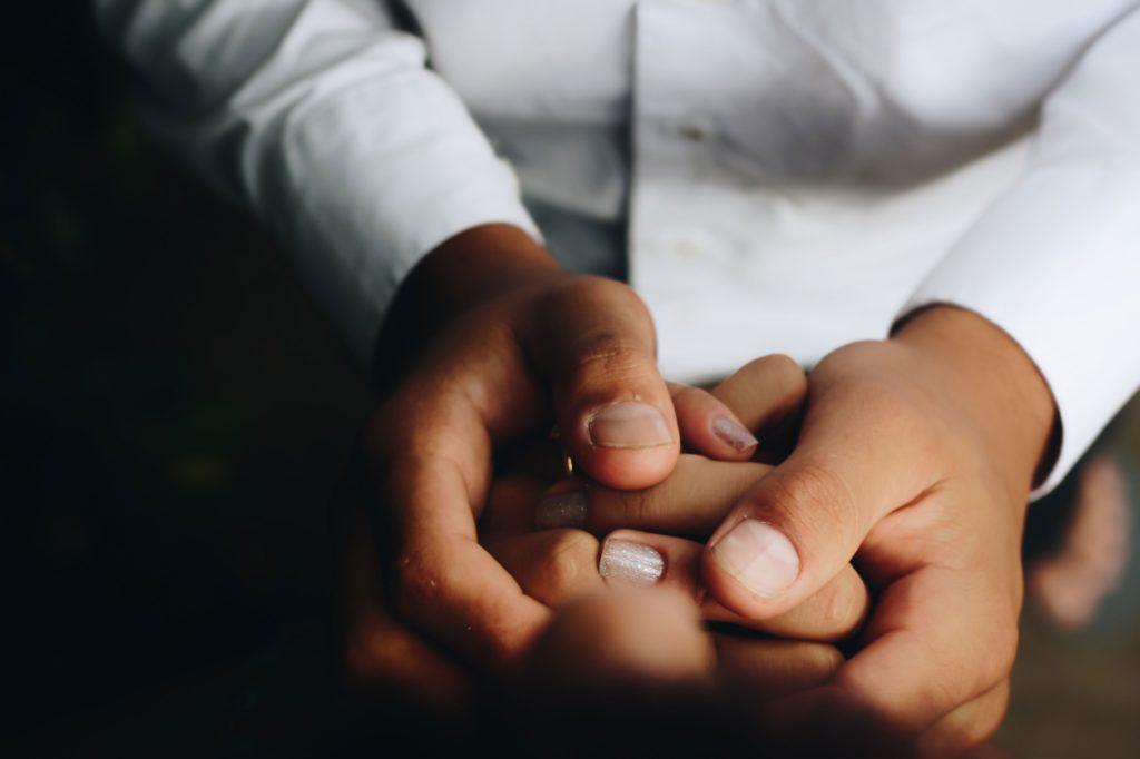 utilisation des mains de masseurs