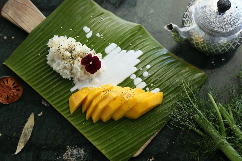 riz gluant et mangues