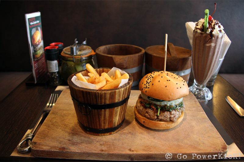 fusion food thai burger