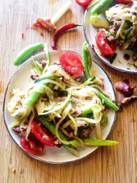 fusion food thai som tam bacon