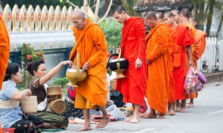 """Qu'est-ce que """"tam boon"""" signifie pour les thaïlandais ?"""